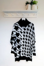 Load image into Gallery viewer, Lulu Roll Neck Dogtooth Print Jumper