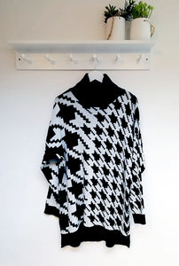Lulu Roll Neck Dogtooth Print Jumper