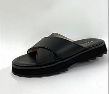 Load image into Gallery viewer, EMU Australia Manta Slider Sandal