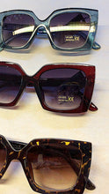 Load image into Gallery viewer, Lulu Sunglasses