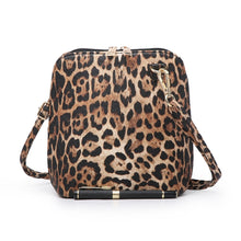 Load image into Gallery viewer, Lelia Leopard Handbag