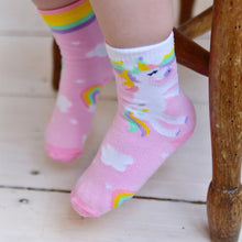 Load image into Gallery viewer, Powell Craft Unicorn Socks