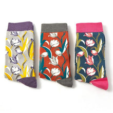 Load image into Gallery viewer, Miss Sparrow Tulip Socks Box