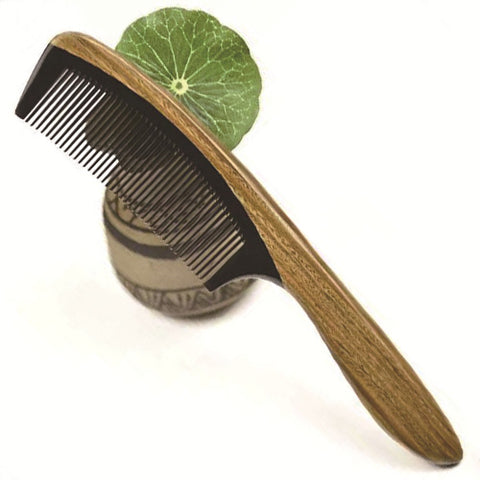 Handmade Fine Tooth And Handle Wooden Horn Comb