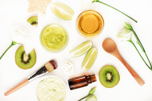 A Guide to Vitamin A, B, C and E for Skincare