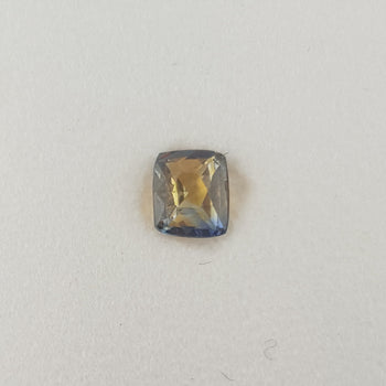 0.55ct Cushion Cut Bi-Colour Sapphire 5x4.2mm