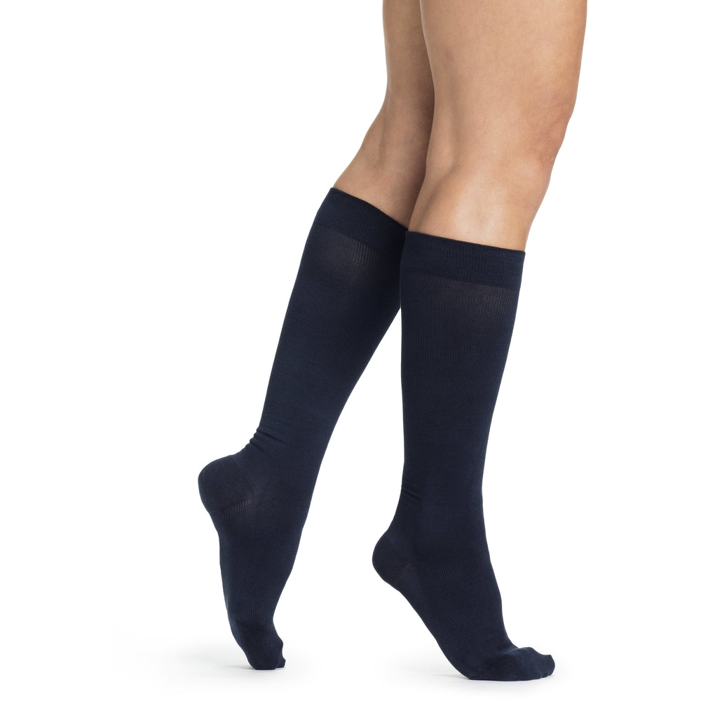 Sigvaris Women's Sea Island Cotton Knee High C/T, Navy