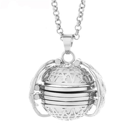 Image of Expanding Photo Locket
