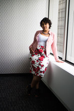 Load image into Gallery viewer, Floral Print Pencil Skirt