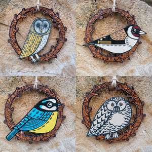 Goldfinch wooden decoration