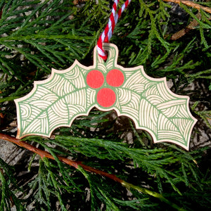 Holly wooden decoration