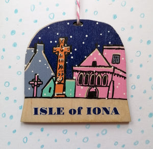 Isle of Iona snow globe decoration