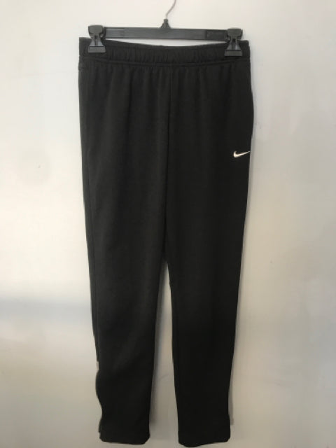 Active Wear Nike Child Size Large Black Boys Pants