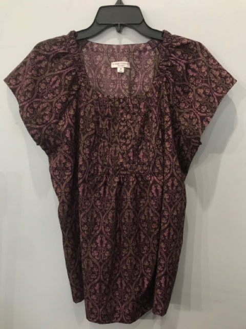 Size Medium Liz Lange Maternity Maroon Print Women's Shirt