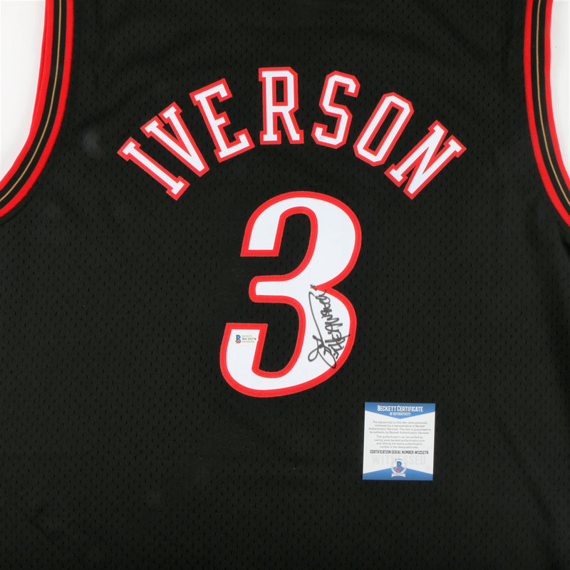 "Allen Iverson Signed Philadelphia 76ers Jersey with ""The Answer"" Inscription - Black"