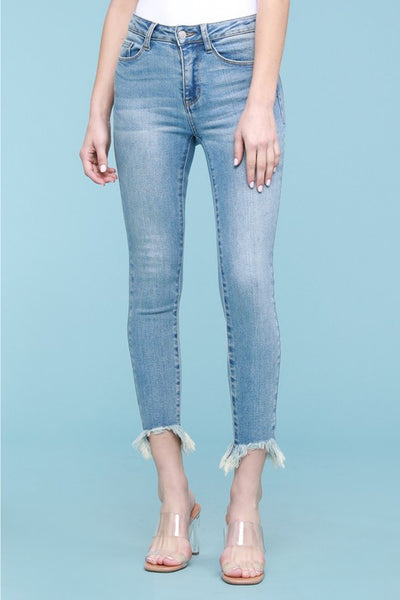 JUDY BLUE - Non-Distressed Shark Bite Skinny Jean (LIGHT WASH)