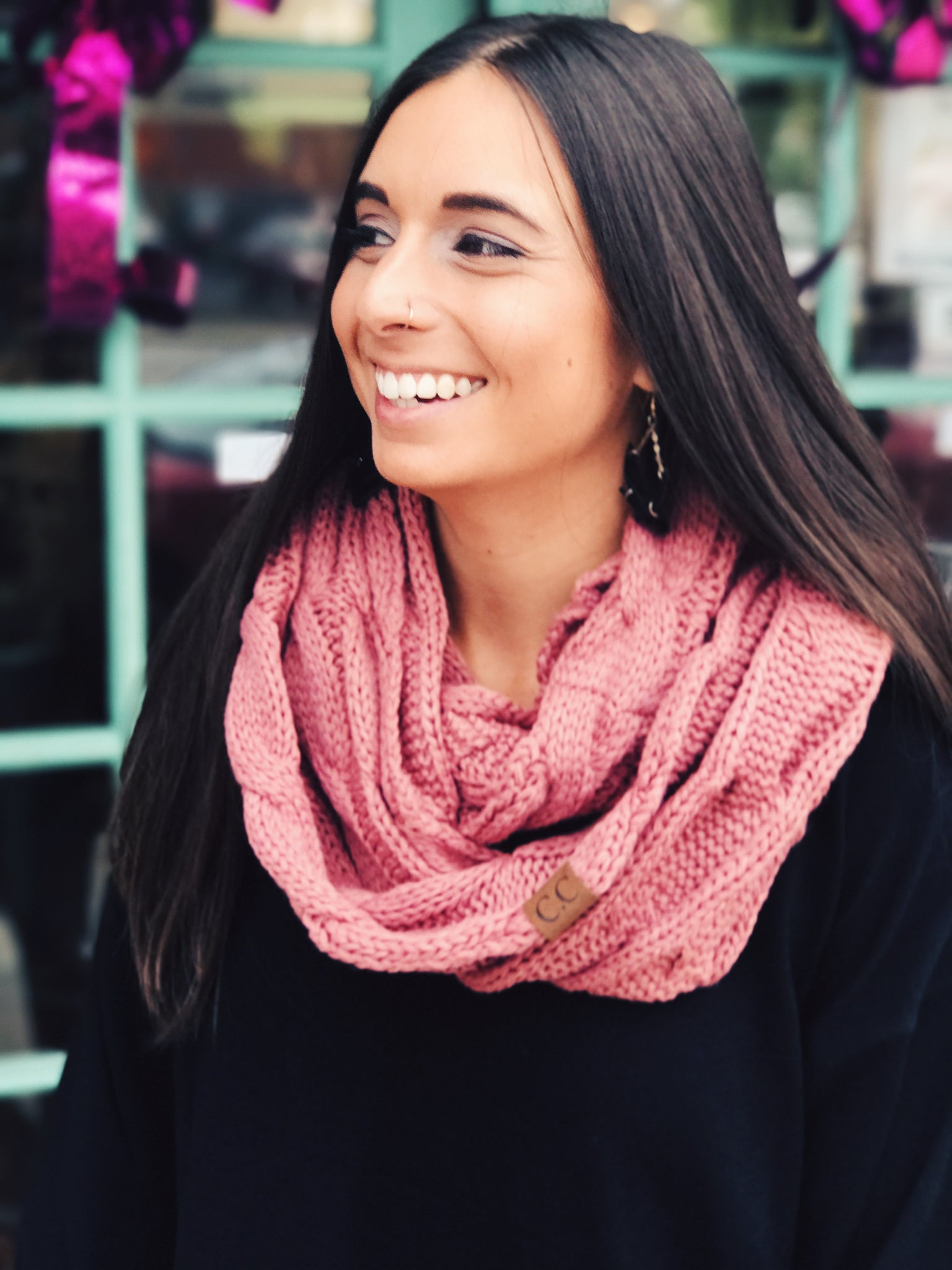 CC - Knitted Infinity Scarf