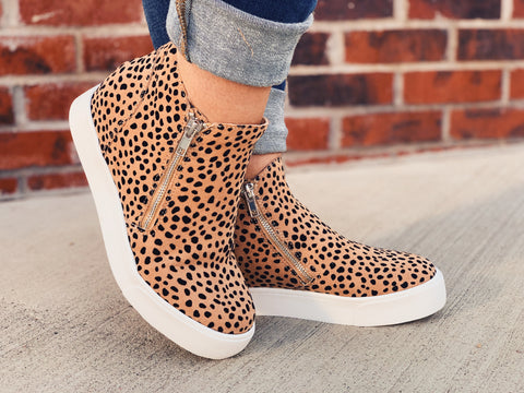 SODA - Mini Leopard Spotted Wedge Sneakers