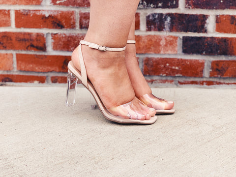 DELICIOUS - Clear Classic Heels