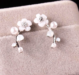 Darling Daisies Earrings