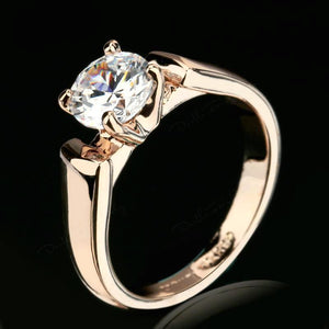 Moments Elegance Ring