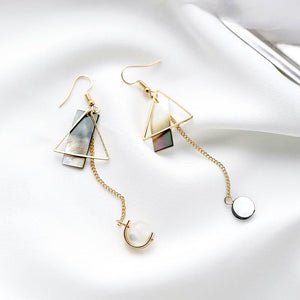 Dangling Wonderland Earrings