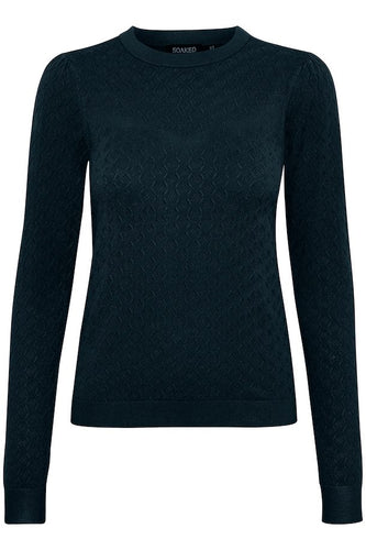 Menika Jumper, night sky