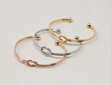 Load image into Gallery viewer, Love Lock Bracelet