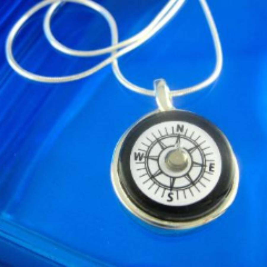 LW Compass Necklace