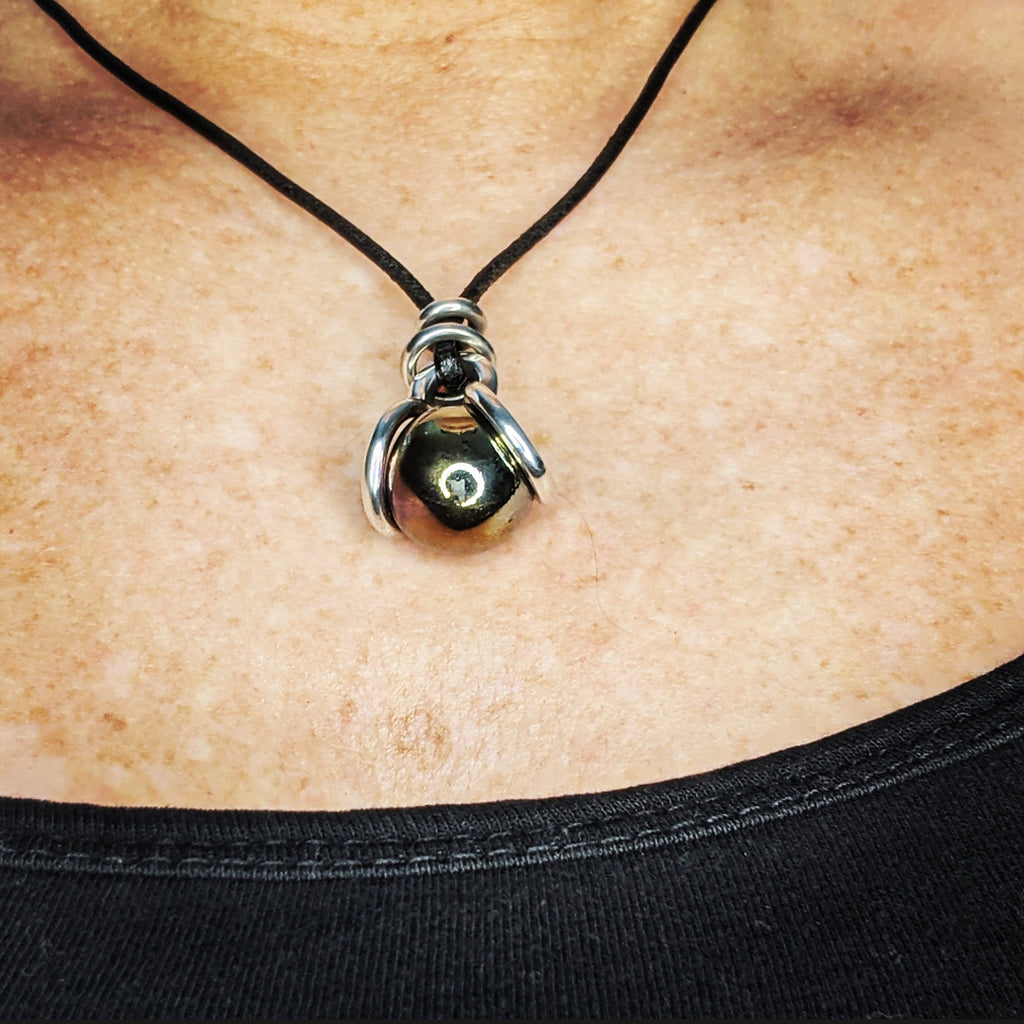 Player Marble Dew Drop Necklace
