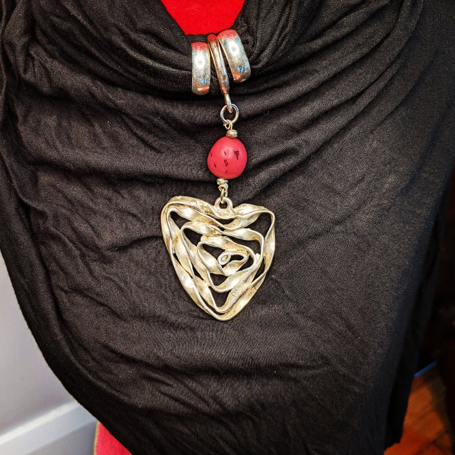 Wired Heart Pendant Black Scarf