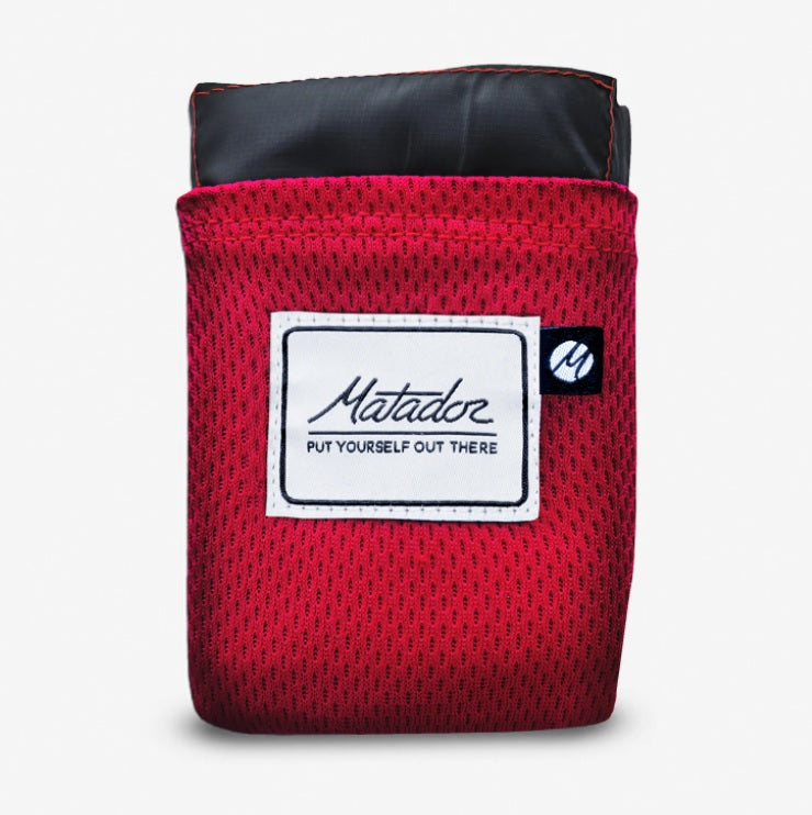 Matador - Pocket Blanket 2.0 (Black / Red)