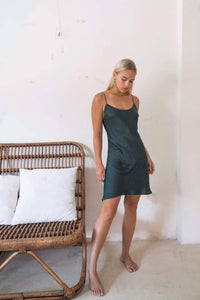 Marlo Slip dress bottle green