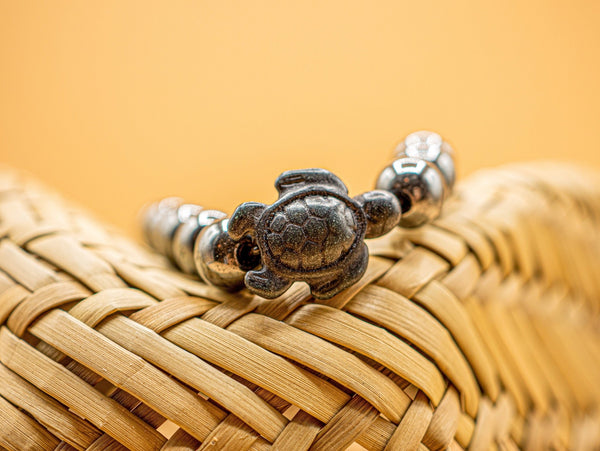LIMITED EDITION - Black Hematite Sea Turtle Bracelet (Large) - Ocean & Co
