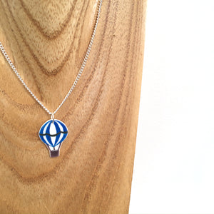 Blue hot air balloon pendant necklace