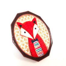 Load image into Gallery viewer, Fox cameo 3D brooch