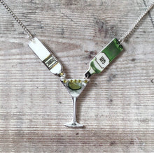 Load image into Gallery viewer, Gin and tonic statement necklace