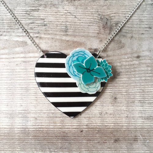Stripes and flowers heart necklace