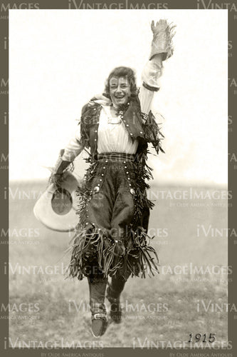 Rodeo Cowgirl Photo 1915 - 61