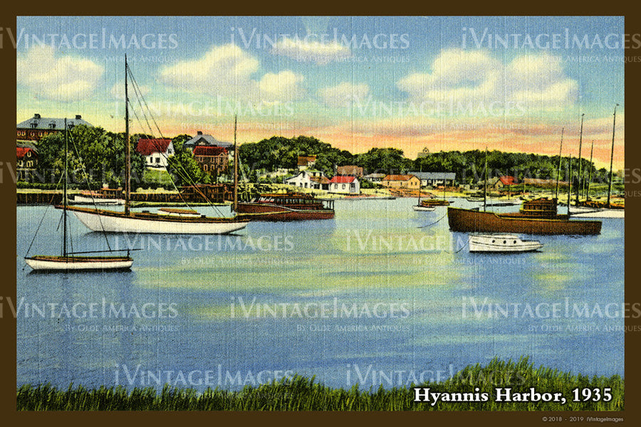 Hyannis Harbor Postcard 1935 - 067