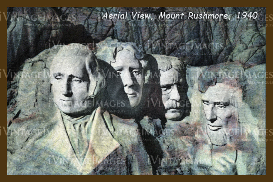 Mount Rushmore Postcard 1940 - 3
