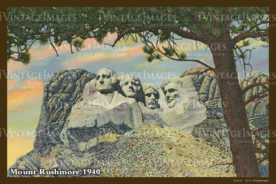 Mount Rushmore Postcard 1940 - 14