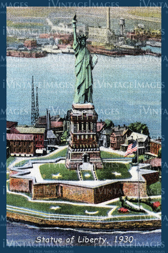 Statue of Liberty Postcard 1930 - 06
