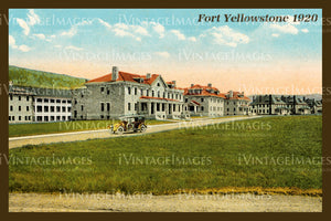 Yellowstone Postcard 1920 - 39