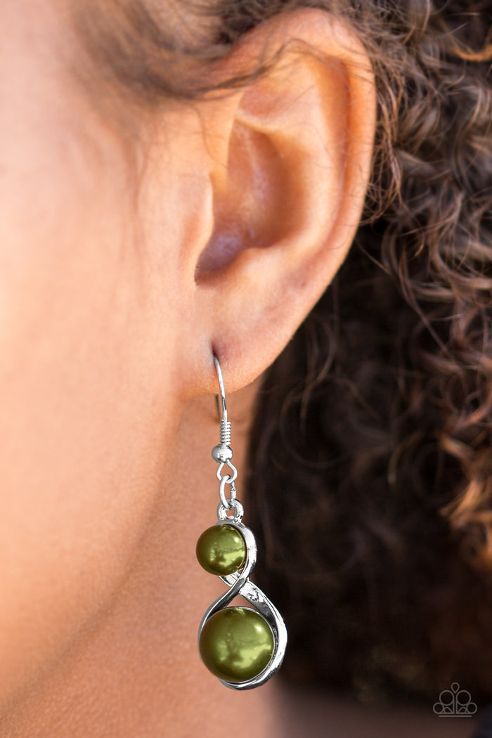 Set The Stage Earrings - Green