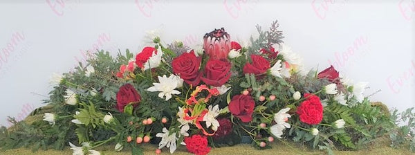 Funeral flowers and casket sprays made with love by our florist as per your request. Everbloom floral studio offers same day flower delivery and is local to Mount Maunganui and Papamoa