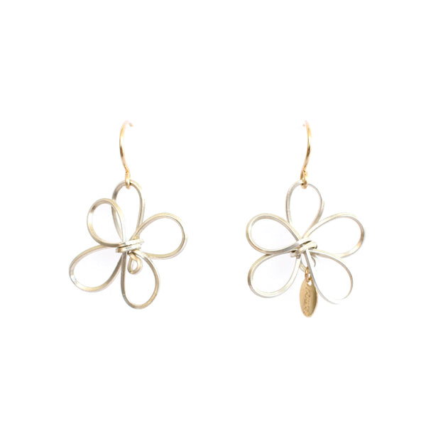 Petalos Exoticos Dangle Earrings (25mm) - Stearling Silver
