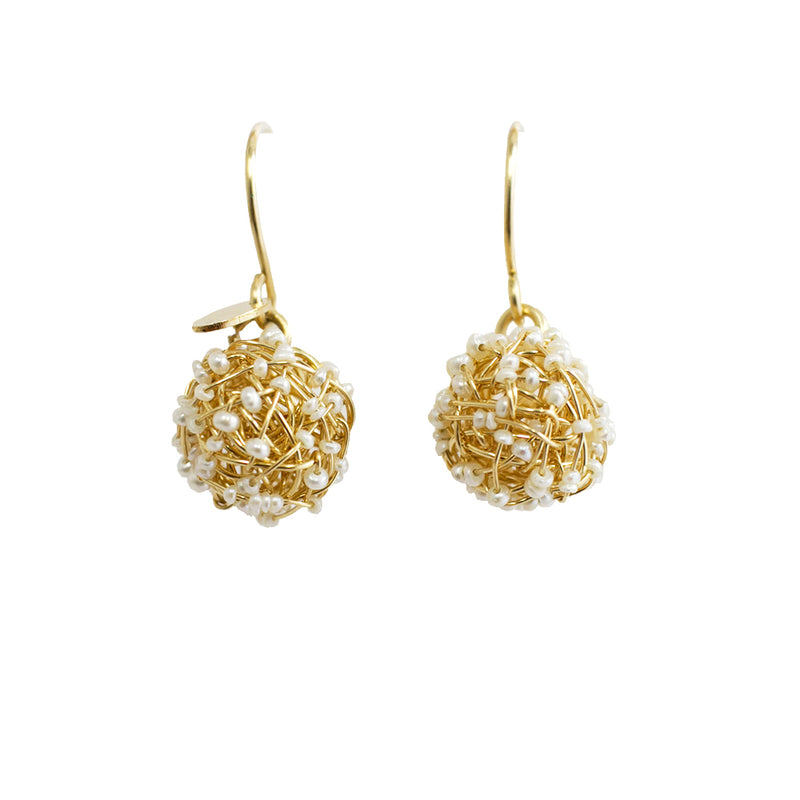 Clementina Dangle Earrings (12mm) - Yellow Gold & Pearl - TARBAY