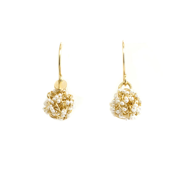 Clementina Dangle Earrings (9mm) - Yellow Gold & Pearl - TARBAY