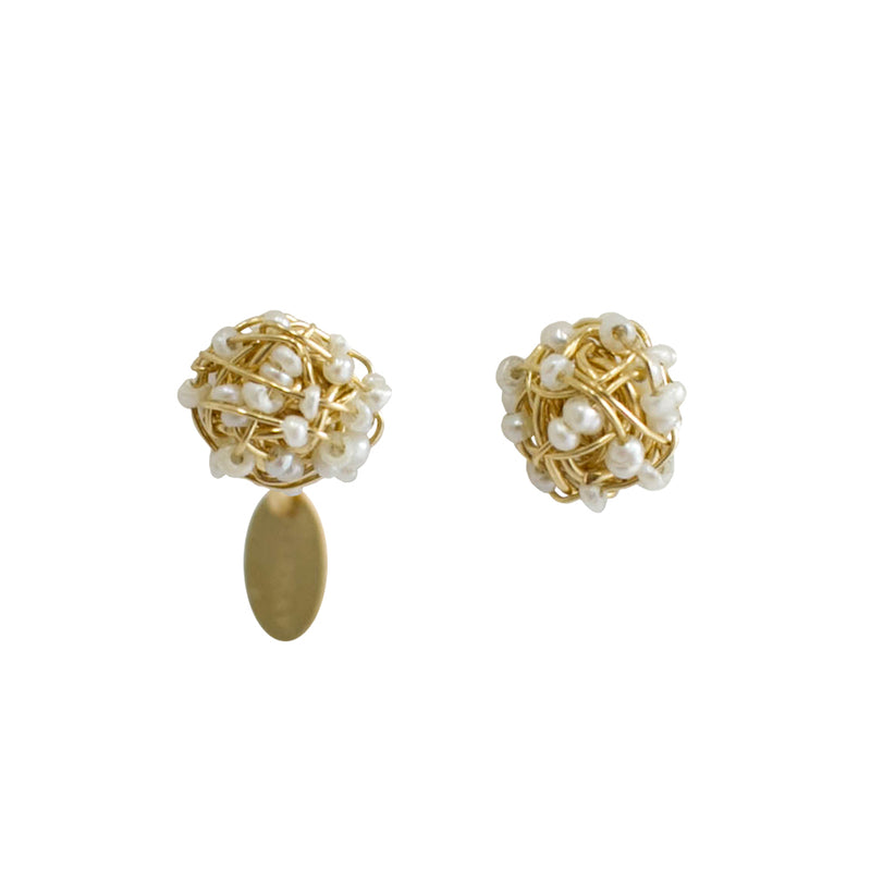 Clementina Button Earrings (6mm) - Yellow Gold & Pearl - TARBAY